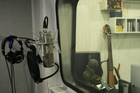 팜실용음악학원 보컬 연습실
